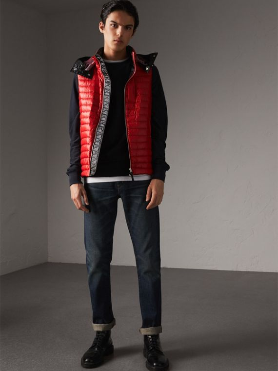 Detachable Hood Packaway Goose-down Gilet in Military Red