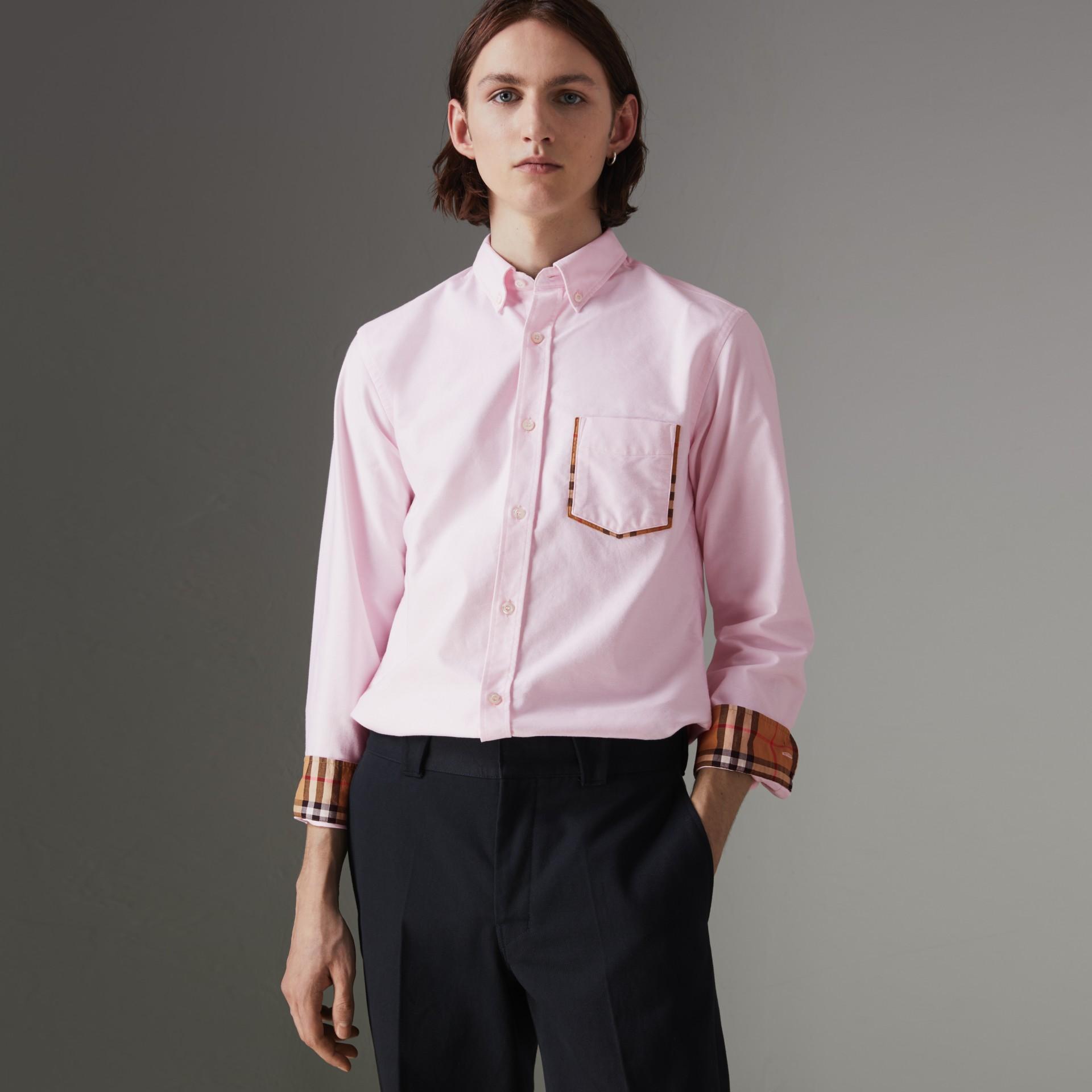 e95a21bc1e37bb Burberry Oxford-Hemd Aus Baumwolle Mit Karodetail In Pink