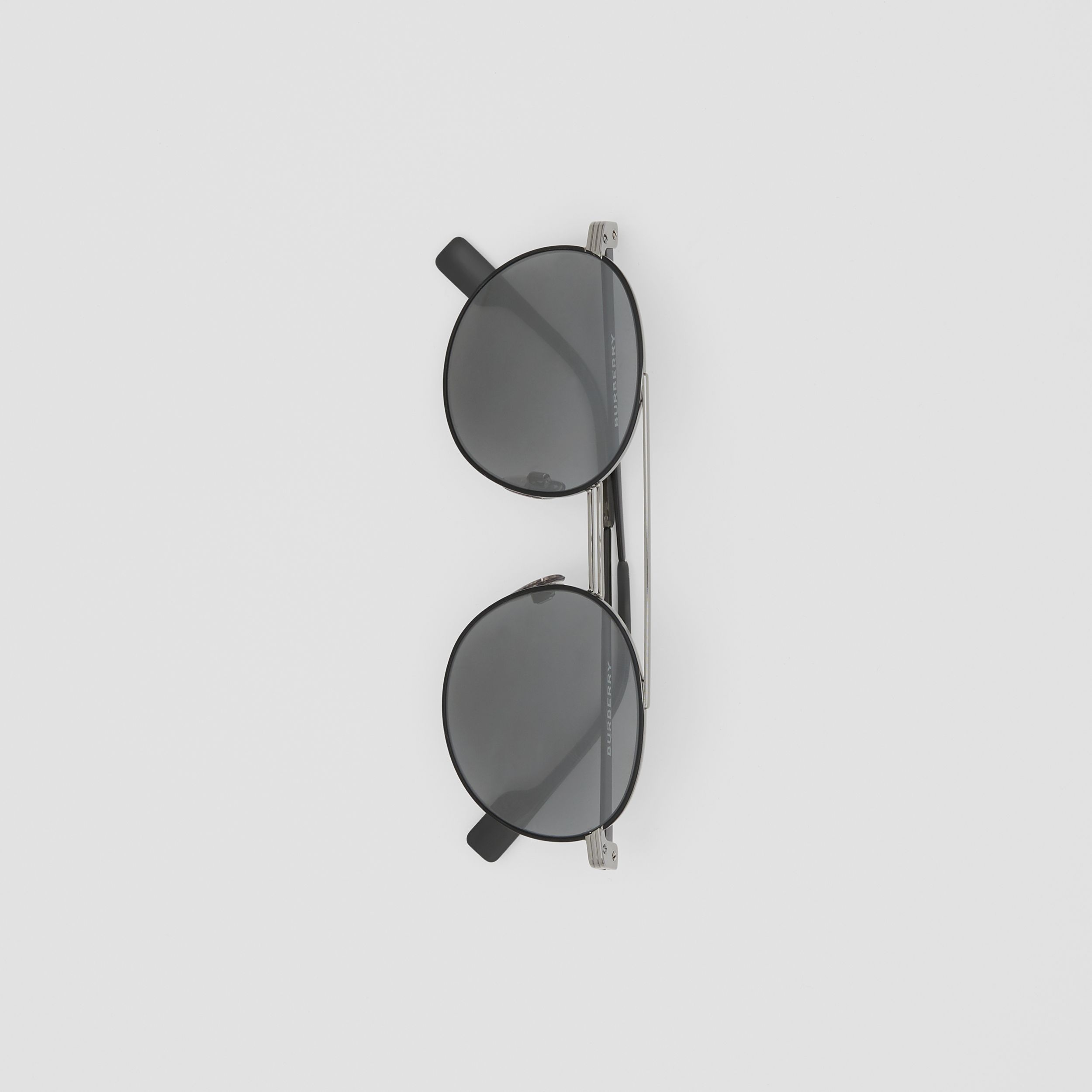 Top Bar Detail Round Frame Sunglasses in Gunmetal/dark Green - Men | Burberry - 4