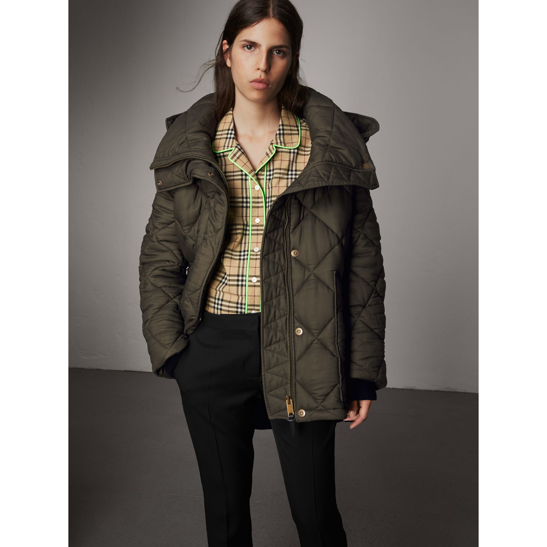Detachable Hood Oversized Quilted Jacket in Olive - Women | Burberry - gallery image 5