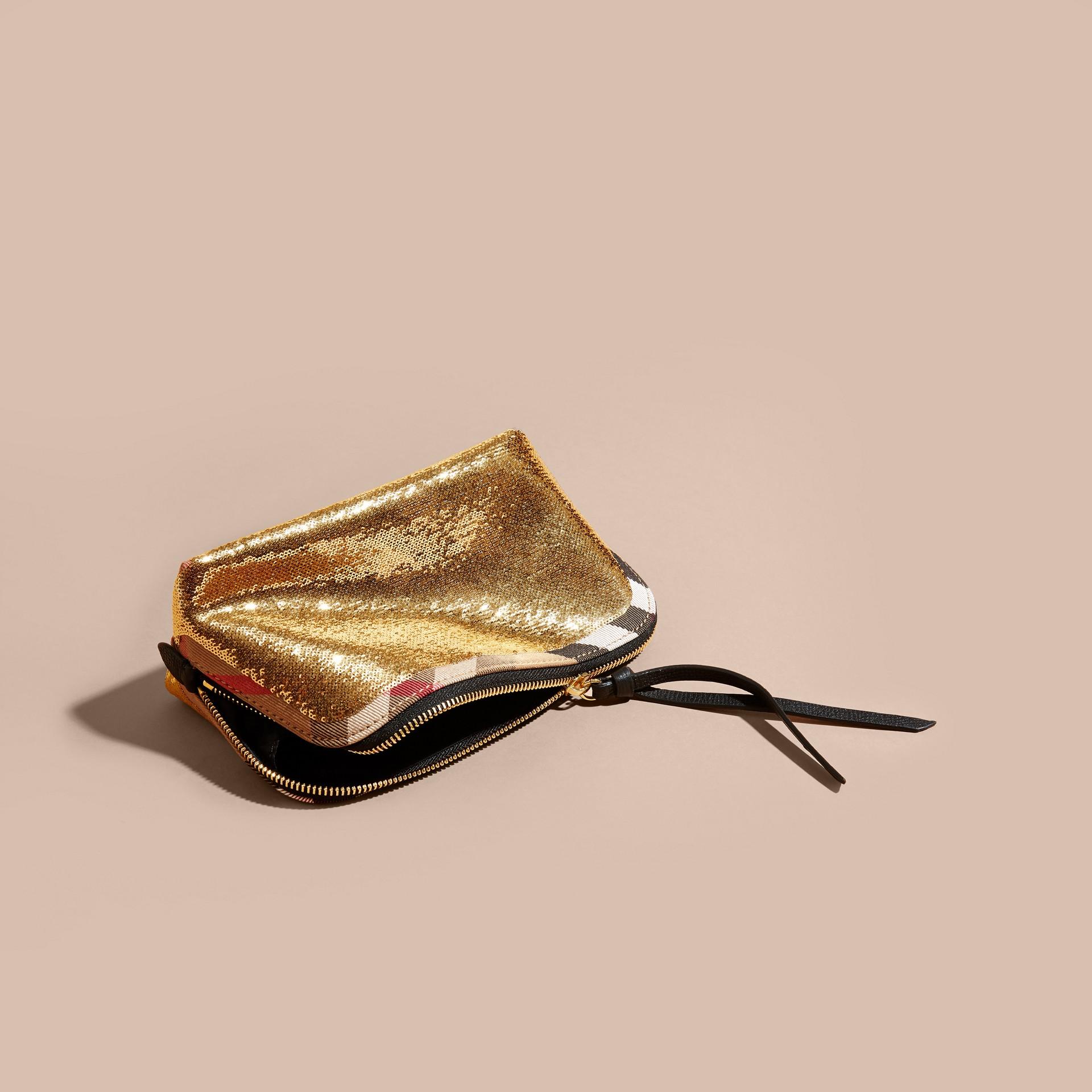 Or/noir Grande pochette zippée à motif House check et sequins Or/noir - photo de la galerie 3