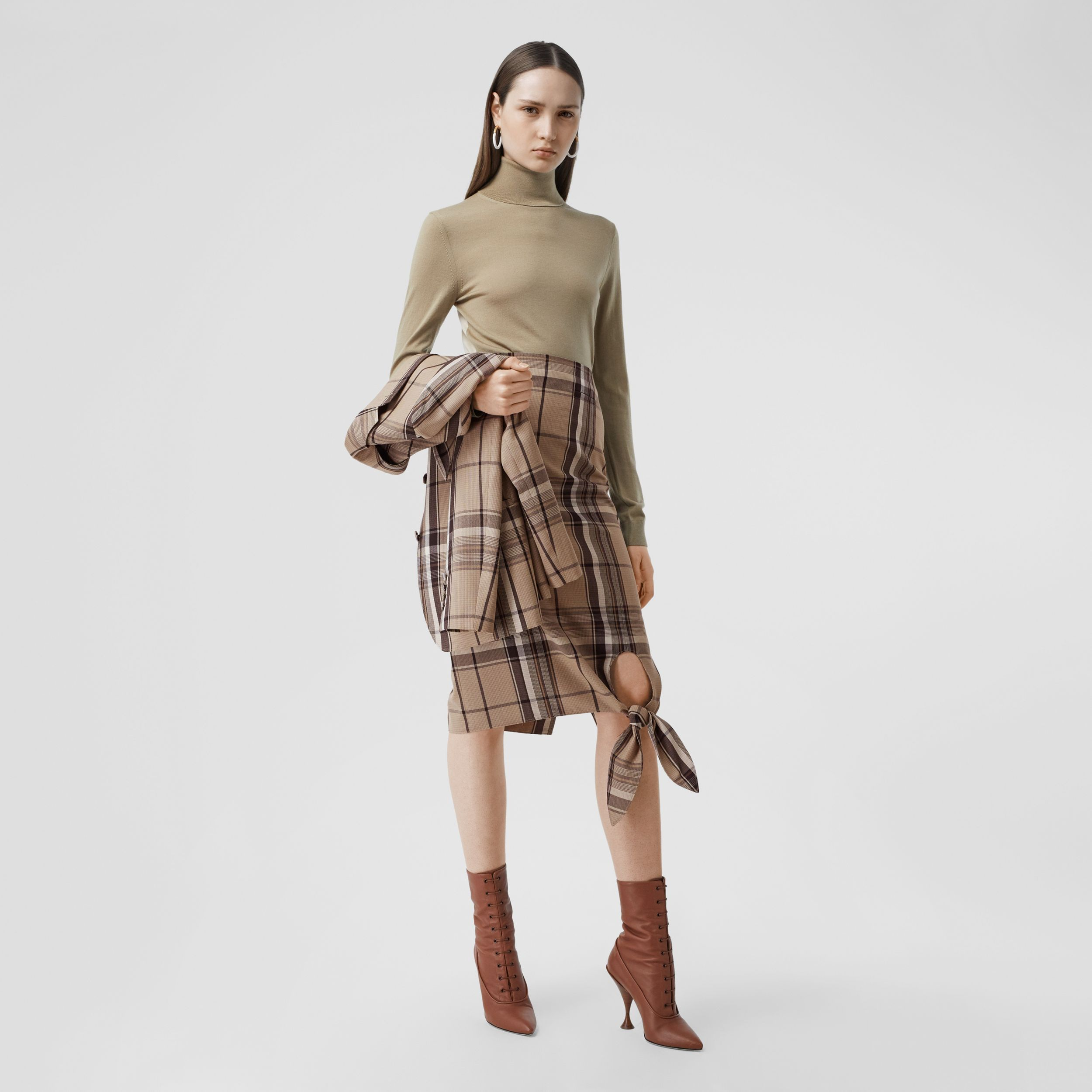 Knot Detail Check Wool Pencil Skirt in Driftwood - Women | Burberry - 1