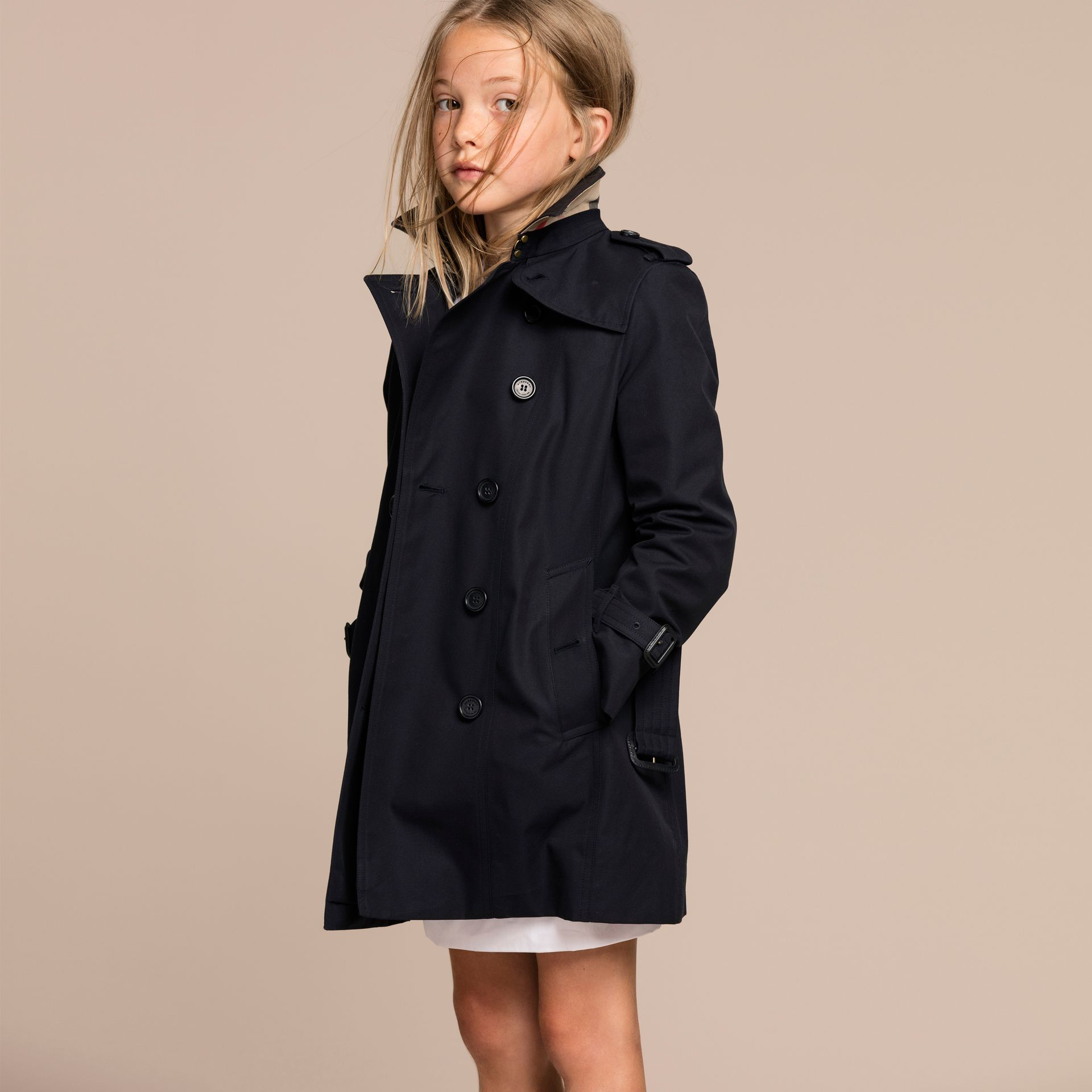The Sandringham – Heritage Trench Coat in Navy - Girl | Burberry - gallery image 3