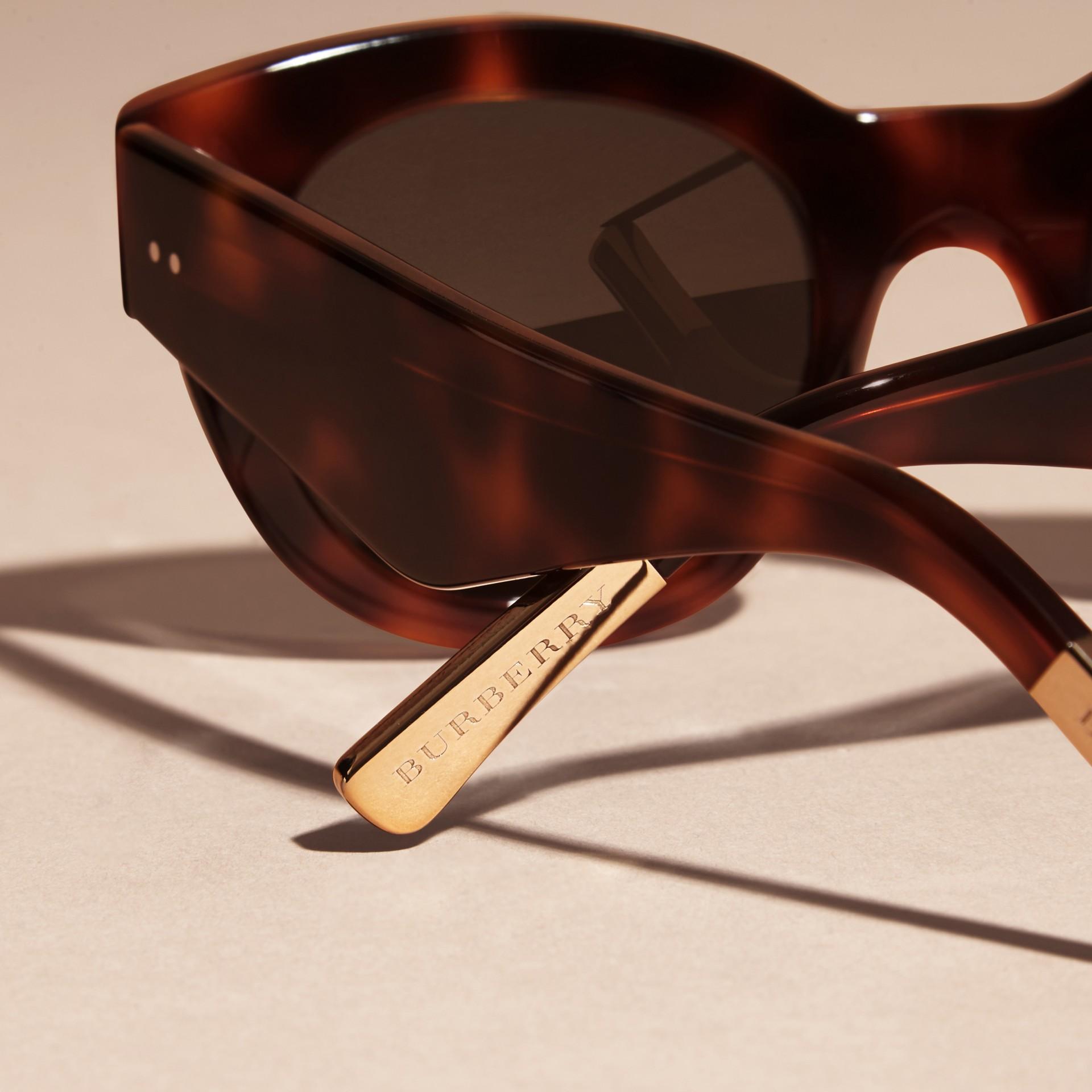 Tortoise shell Cat-Eye Sunglasses Tortoise Shell - gallery image 4