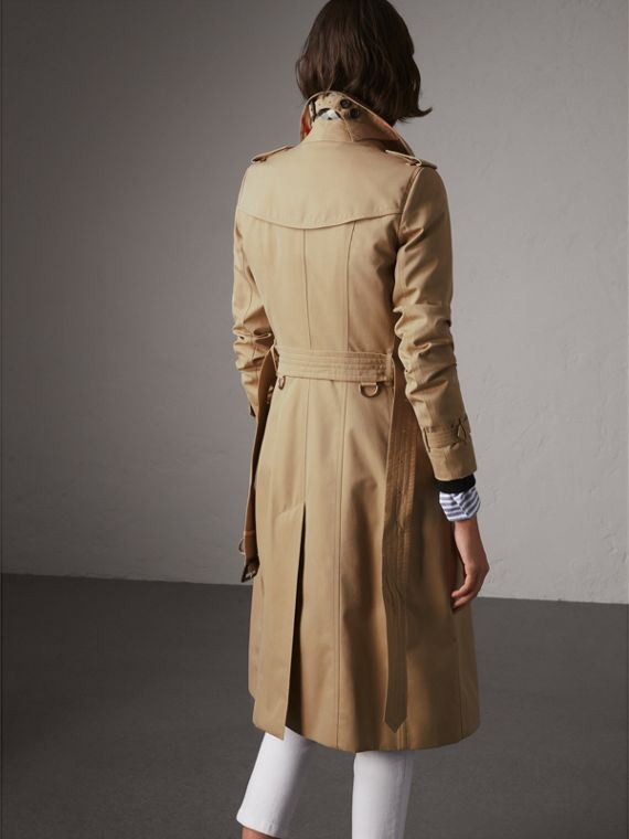The Chelsea – Extra-long Trench Coat in Honey - Women | Burberry Hong Kong - cell image 2
