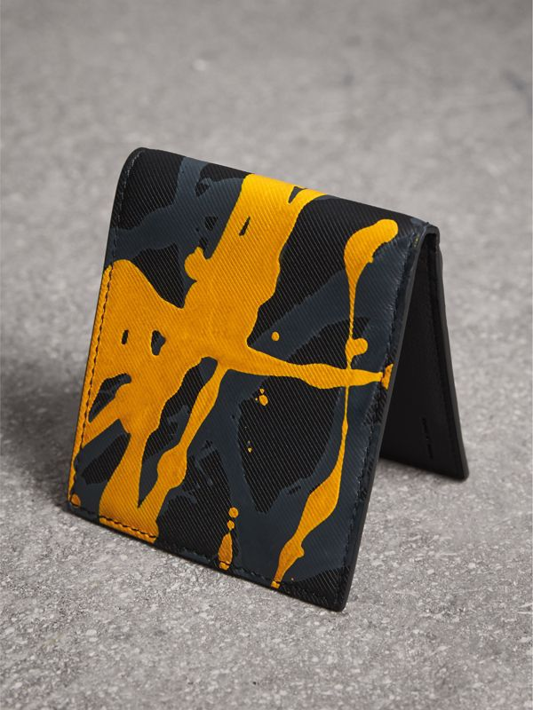 Splash Trench Leather International Bifold Wallet in Black/splash - Men | Burberry United Kingdom - cell image 2