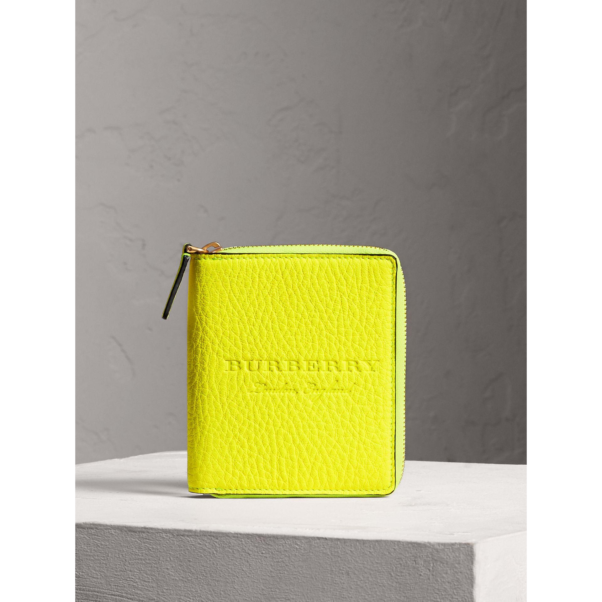 Embossed Grainy Leather Ziparound A6 Notebook Case in Bright Yellow | Burberry United States - gallery image 4