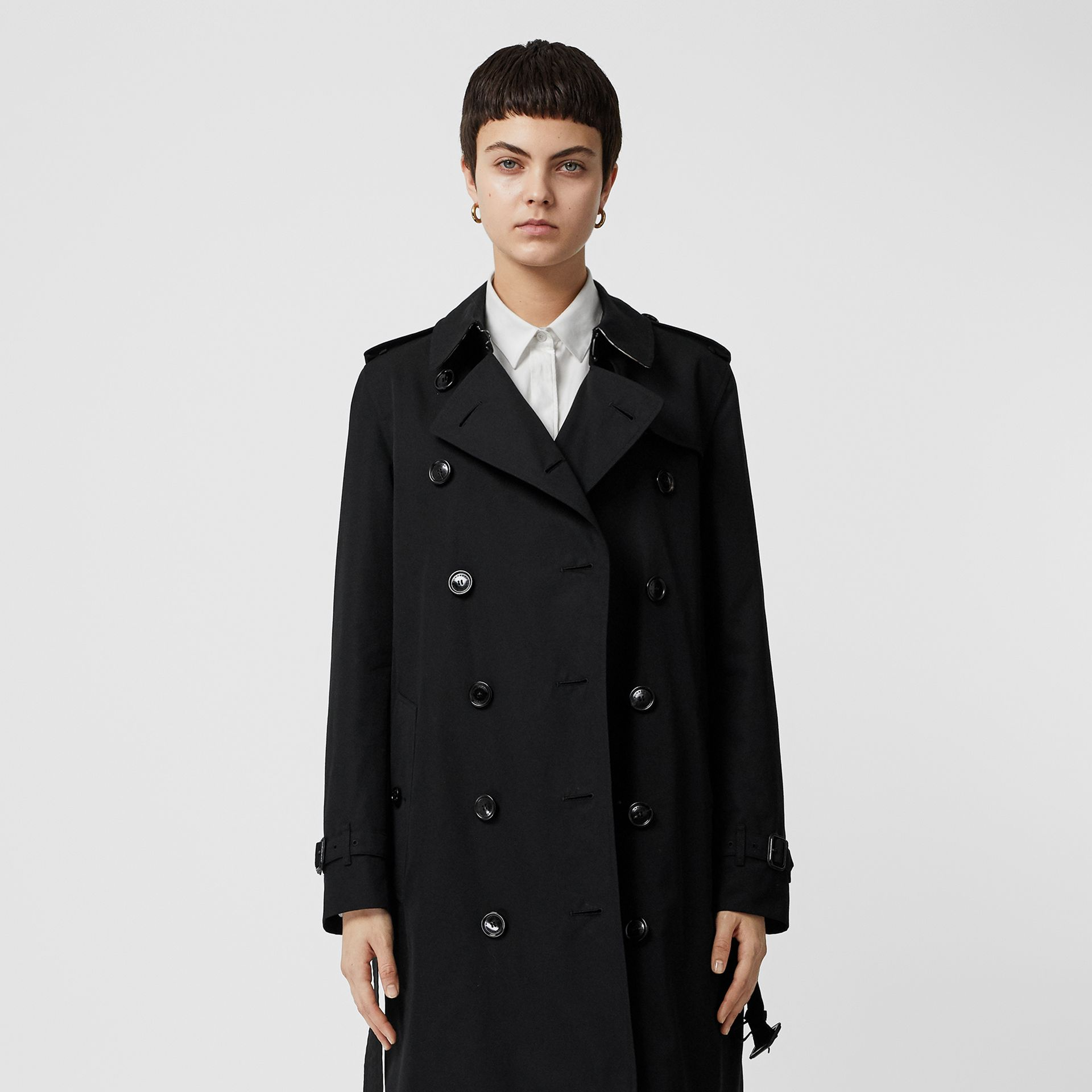 Kensington Fit Cotton Gabardine Trench Coat in Black - Women | Burberry - gallery image 6