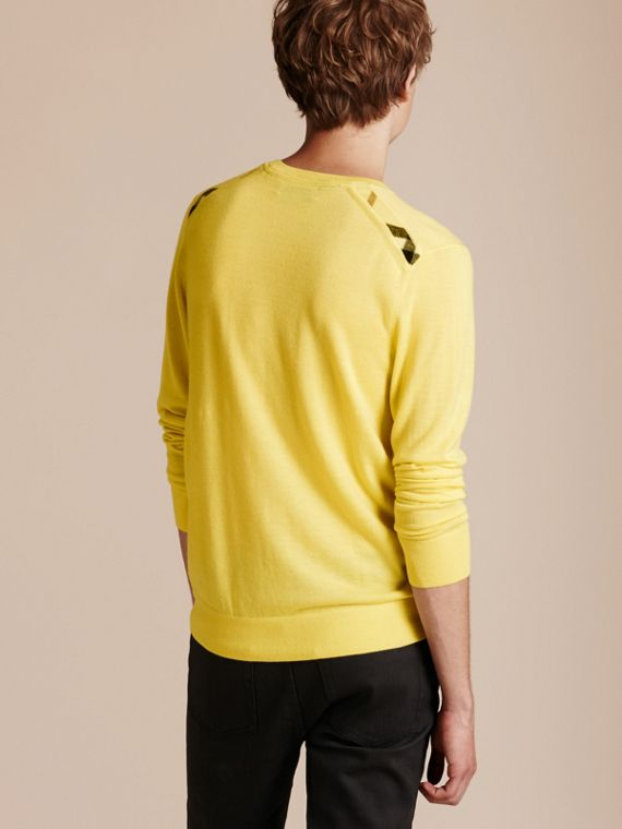 Lightweight Crew Neck Cashmere Sweater with Check Trim Pale Lemon - cell image 2