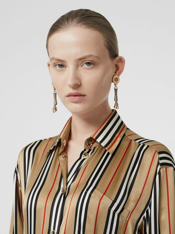 標誌性條紋絲質襯衫 (典藏米色) - 女款 | Burberry - cell image 1