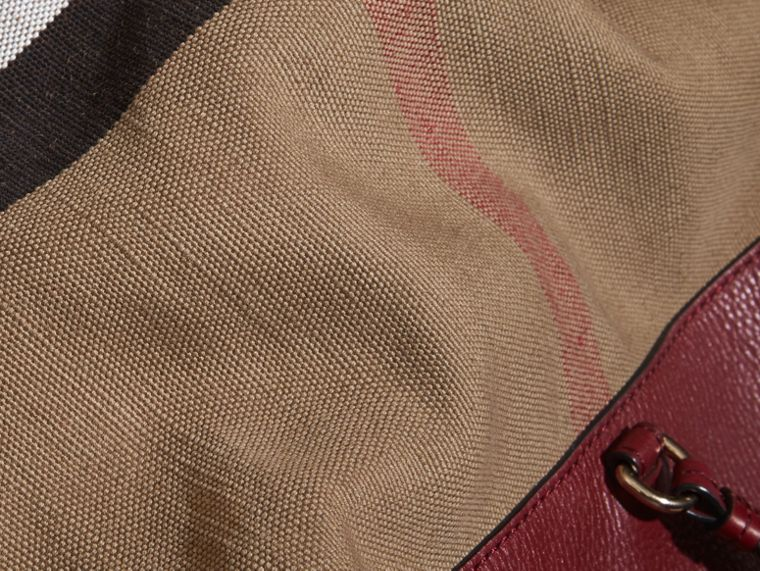 Burgundy red The Medium Ashby in Canvas Check and Leather Burgundy Red - cell image 1
