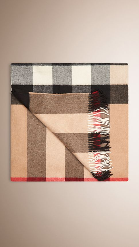 Camel check Check Cashmere Blanket - Image 2