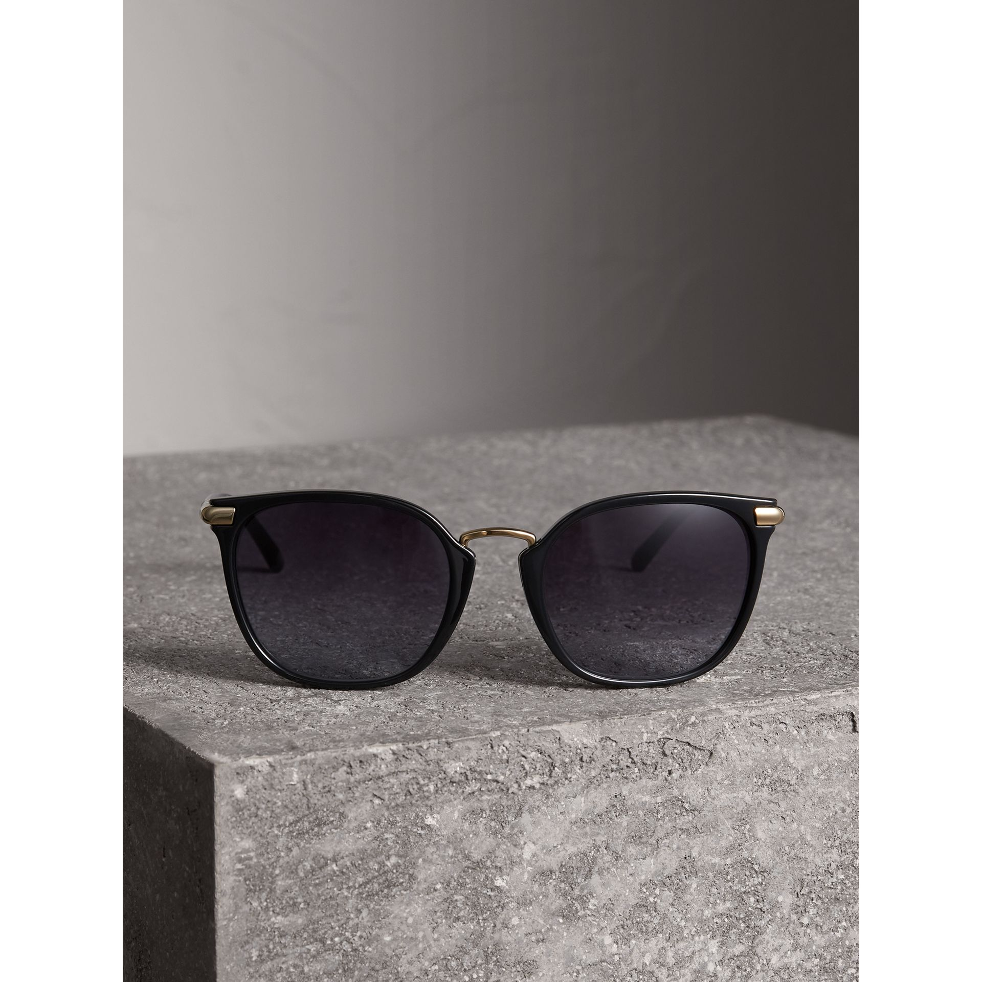 Check Detail Square Frame Sunglasses in Black - Women | Burberry Singapore - gallery image 3