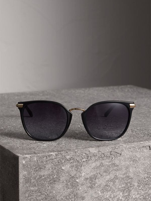 Check Detail Square Frame Sunglasses in Black - Women | Burberry Canada - cell image 3