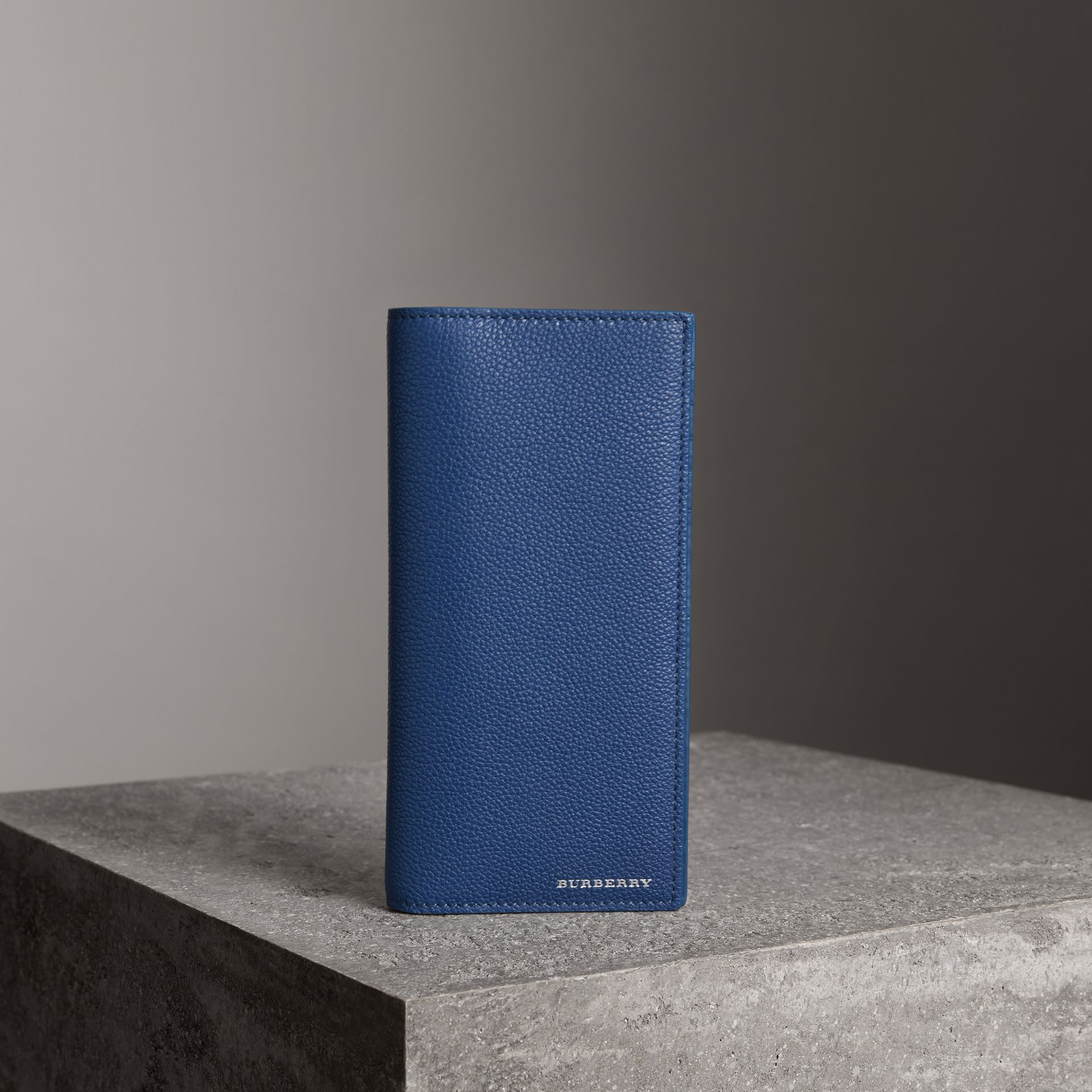 Grainy Leather Continental Wallet in Bright Ultramarine - Men | Burberry - gallery image 4