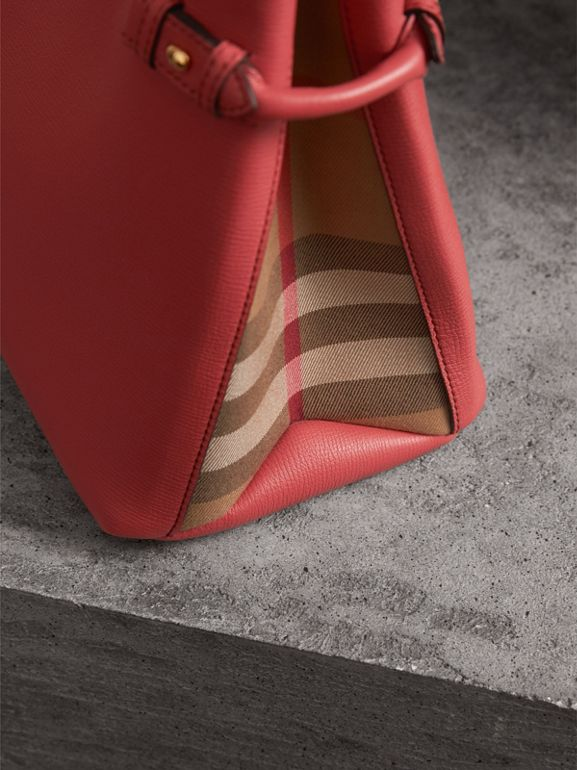 Sac The Banner moyen en cuir et coton House check (Cannelle Rouge) - Femme | Burberry - cell image 1