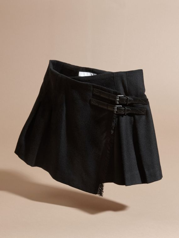 Black Fringed Wool Kilt - cell image 2