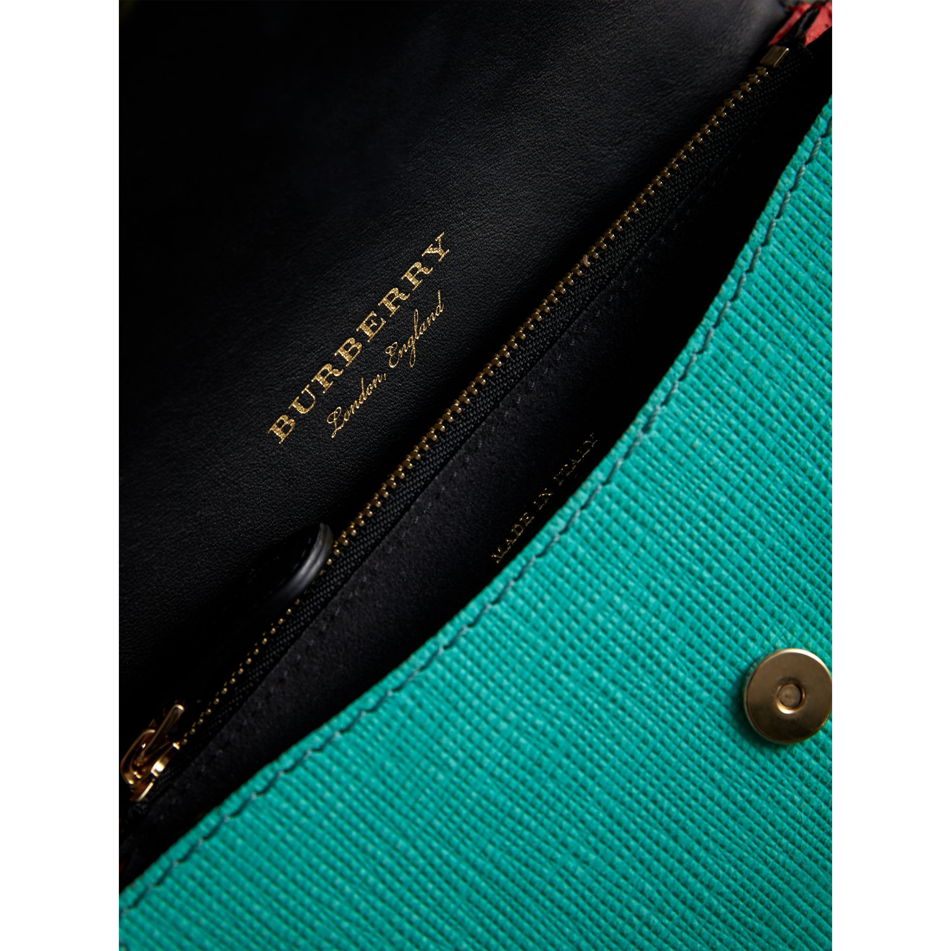 The Patchwork in Exotics and Knitted Wool Cashmere in Emerald Green/berry Red - Women | Burberry Singapore - gallery image 5
