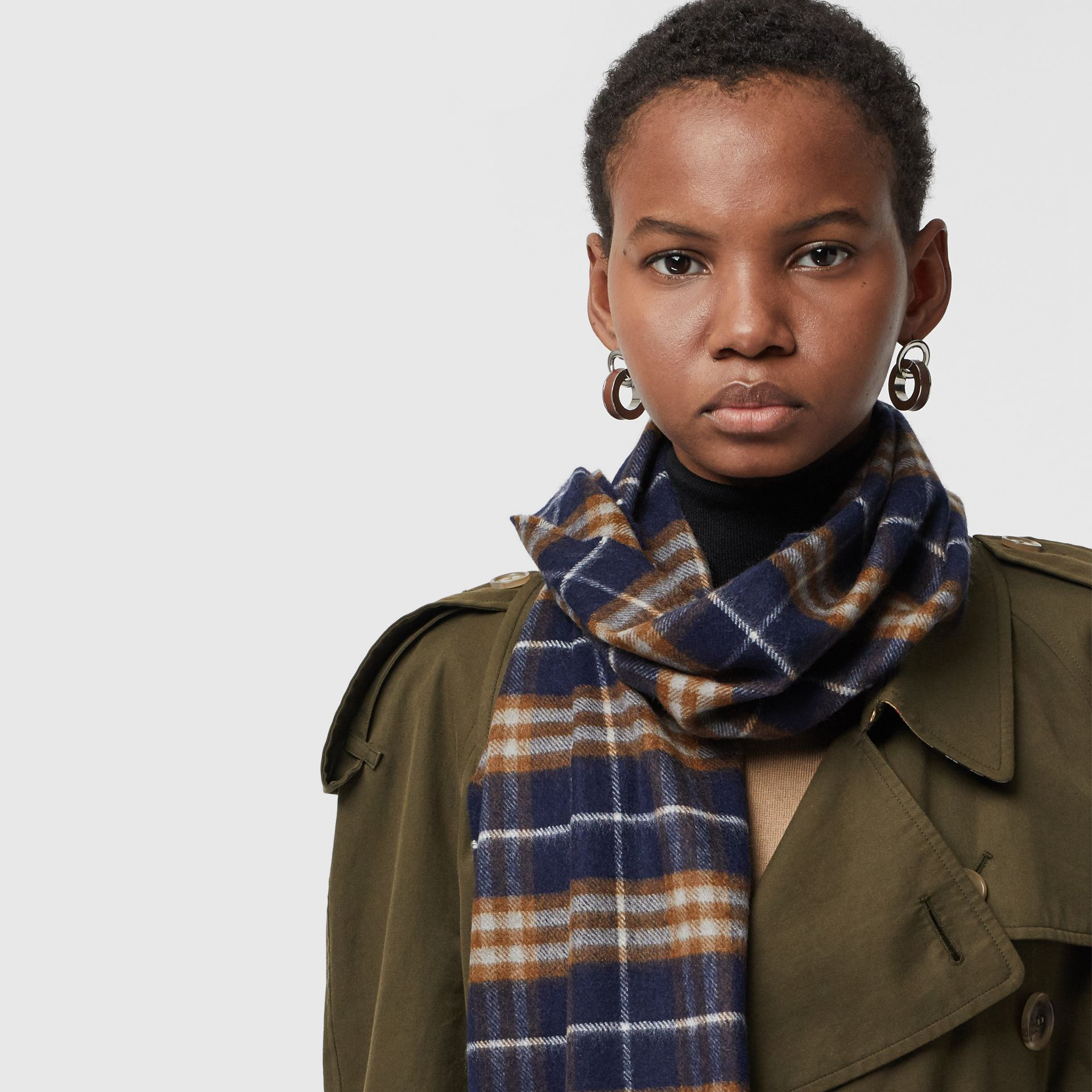 The Classic Vintage Check Cashmere Scarf in Dark Sapphire | Burberry Australia - gallery image 5