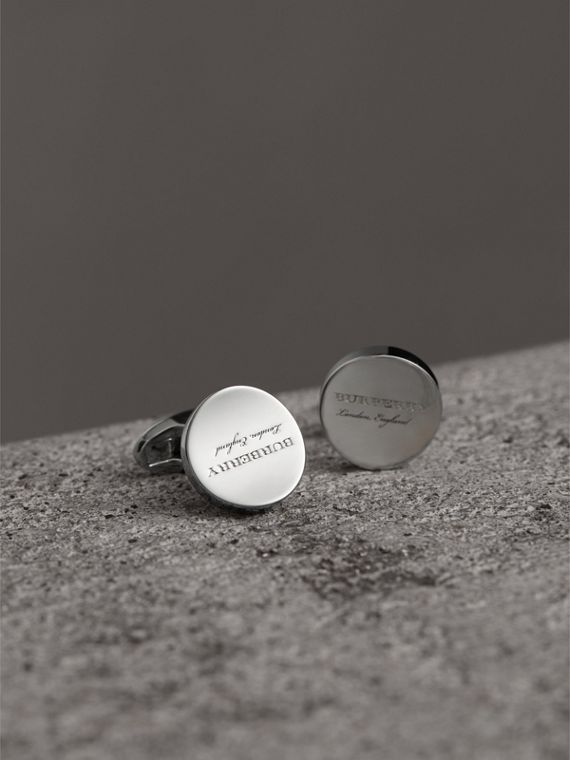 Engraved Motif Round Cufflinks in Silver