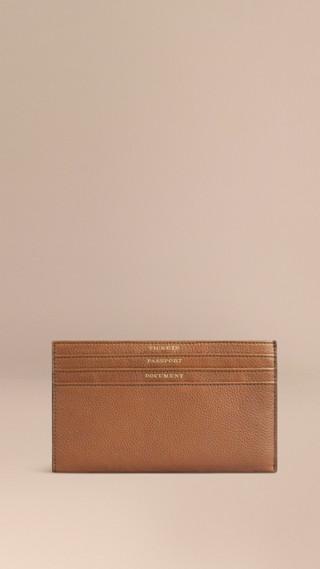 Grainy Leather Travel Case