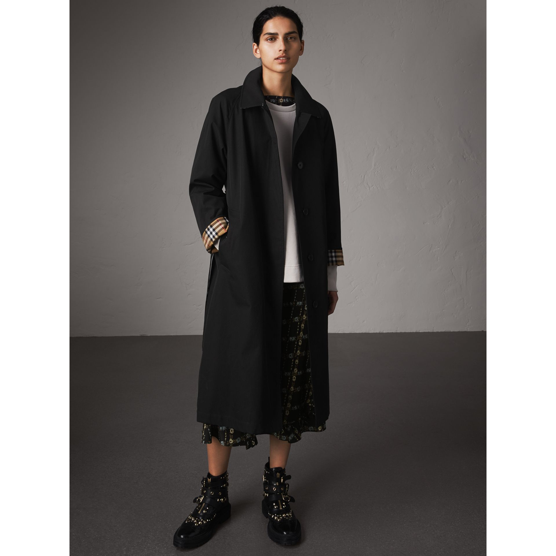 The Brighton – Extra-long Car Coat in Black - Women | Burberry - gallery image 7