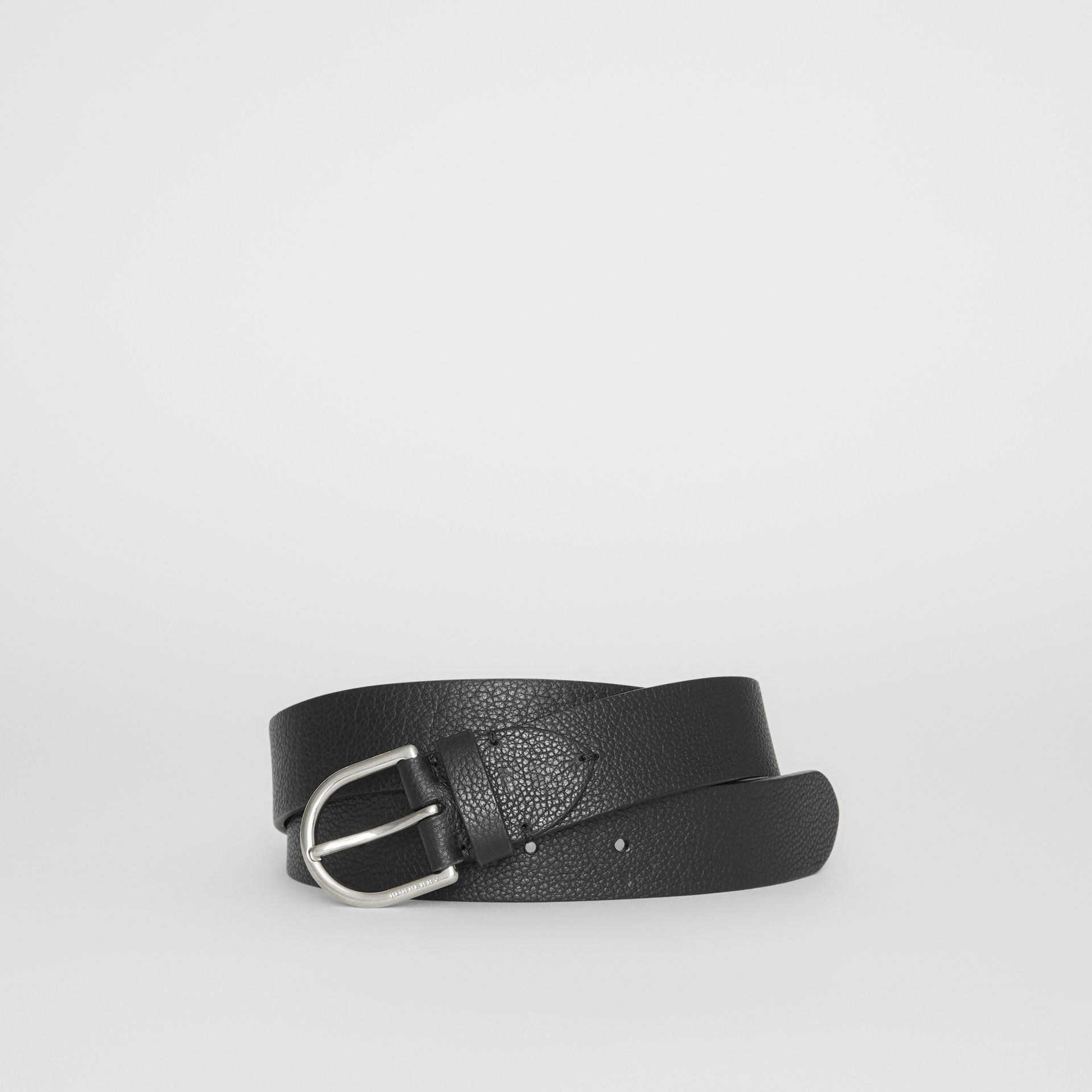 D-shaped Buckle Grainy Leather Belt in Black - Men | Burberry Singapore - gallery image 0