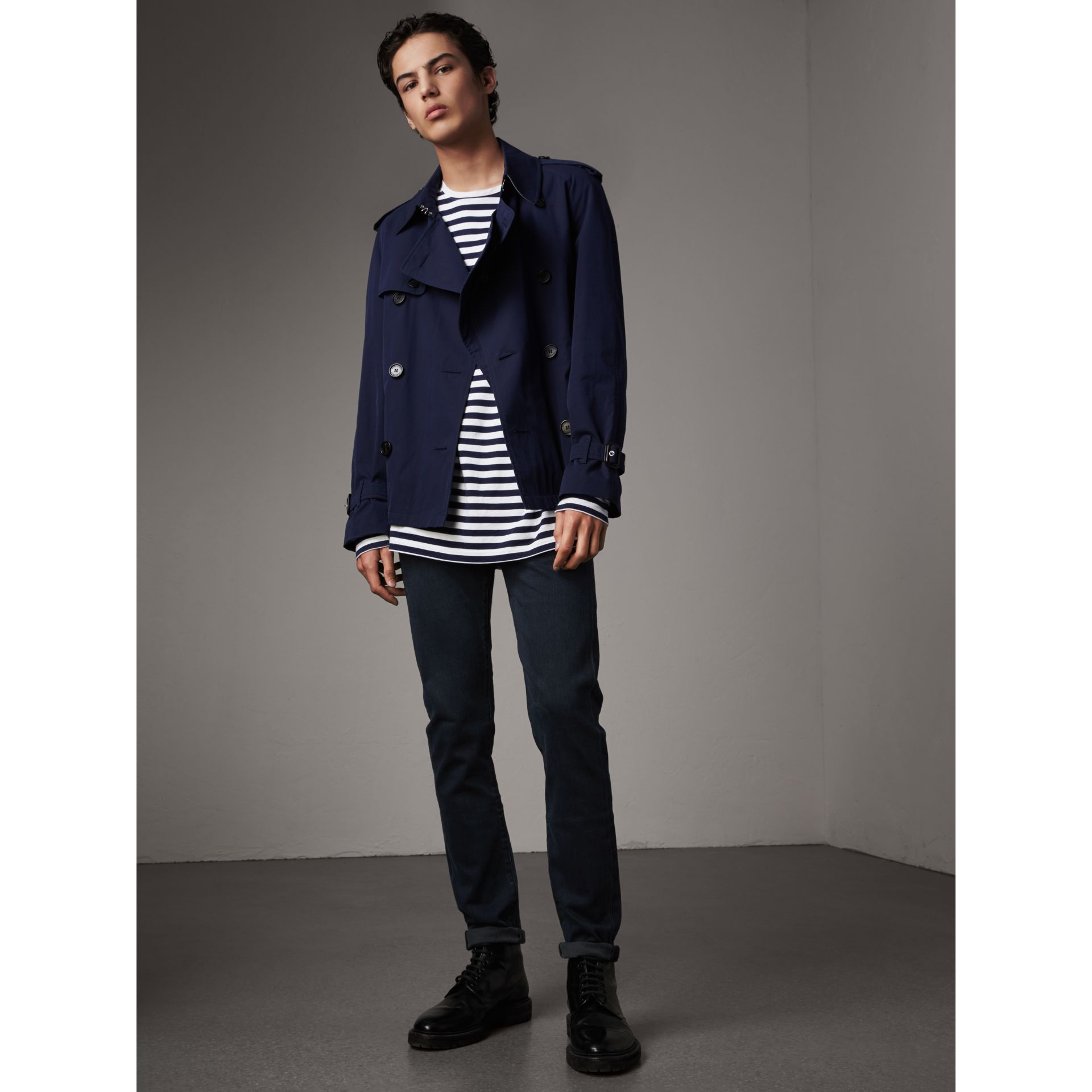 Jean de coupe slim stretch surteint (Indigo Sombre) - Homme | Burberry Canada - photo de la galerie 5
