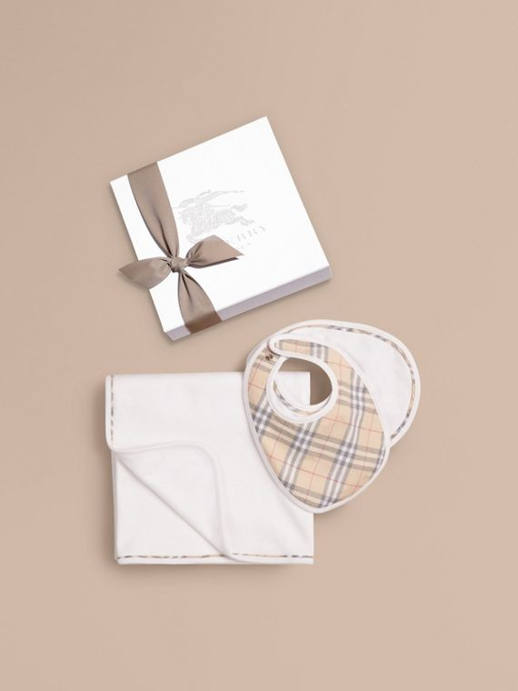 Cotton Three-piece Baby Gift Set in White