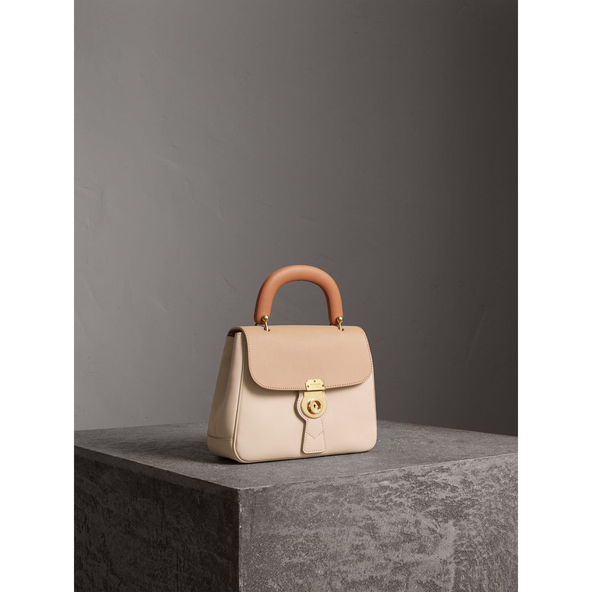 The Medium DK88 Top Handle Bag in Limestone/honey - Women | Burberry United States - gallery image 7