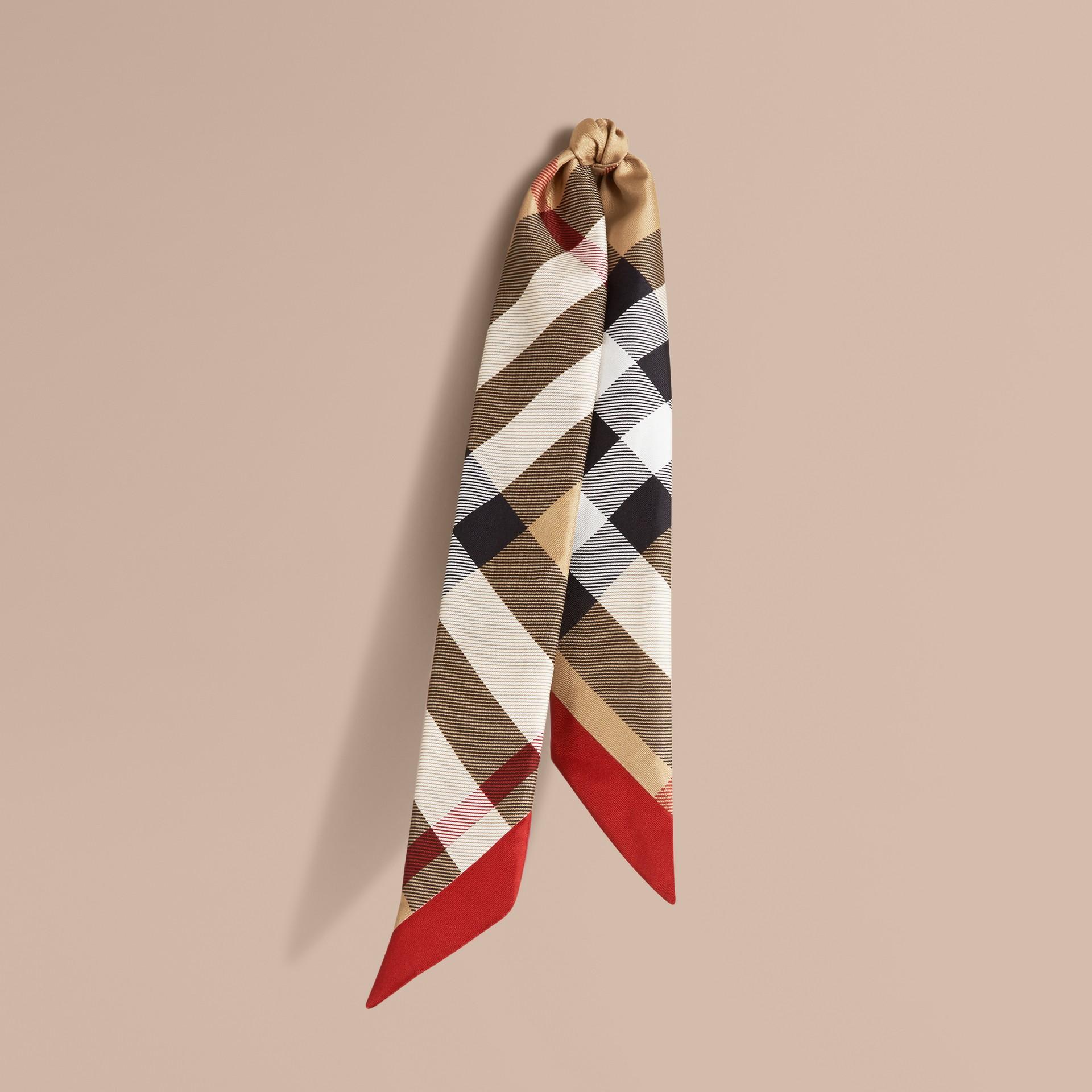 Cammello Sciarpa sottile in seta con stampa con motivo check Cammello - immagine della galleria 1