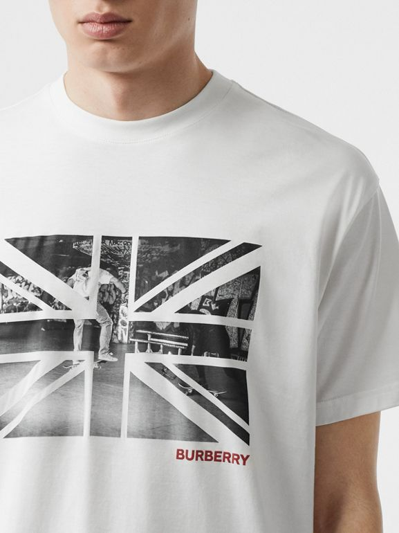 Union Jack Photo Print Cotton Oversized T-shirt in White - Men | Burberry - cell image 1
