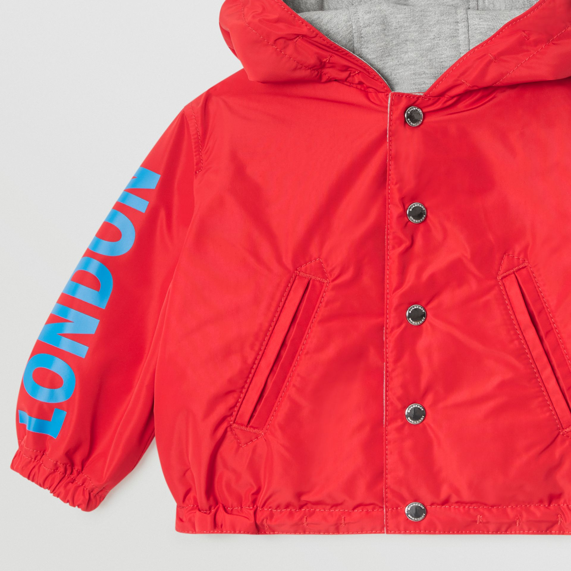 Logo Print Reversible Hooded Jacket in Bright Red - Children | Burberry - gallery image 5