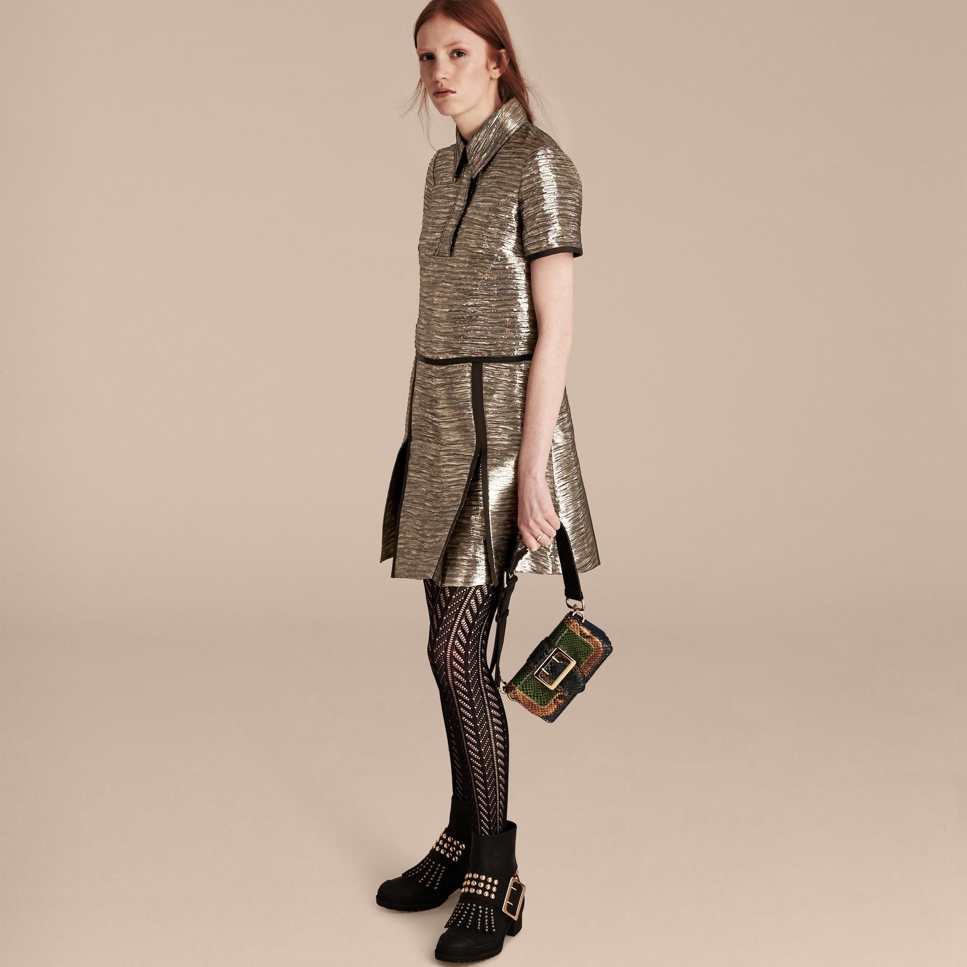 Gris brume Robe chemise à motif métallisé tissé en jacquard - photo de la galerie 6