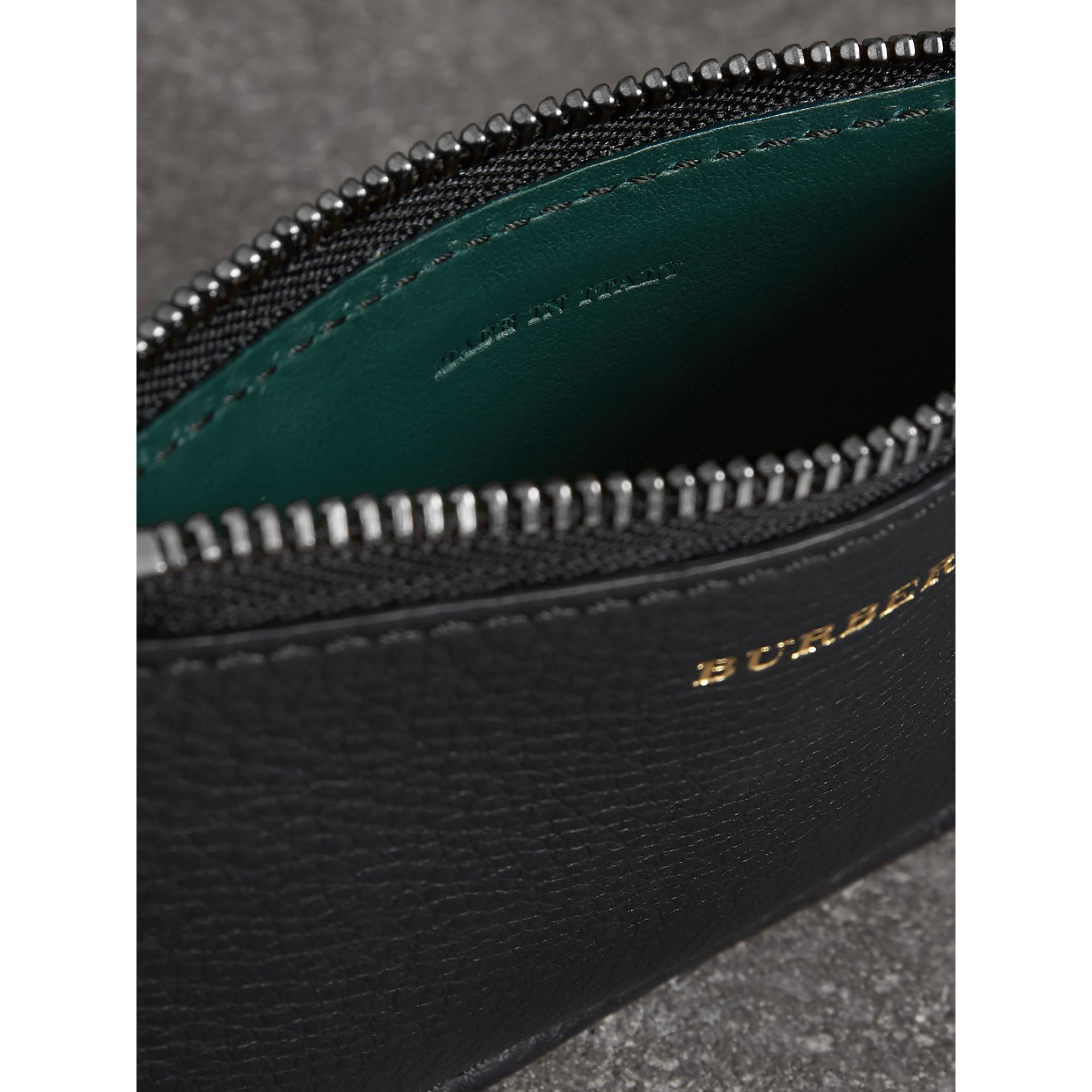 Two-tone Leather Zip Card Case in Black | Burberry - gallery image 3