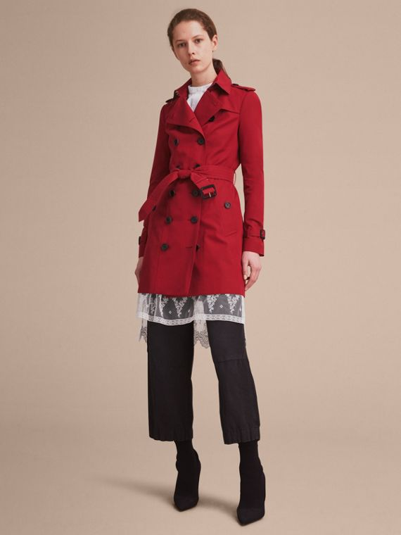 Trench coat Sandringham - Trench coat Heritage de longitud media Rojo Desfile