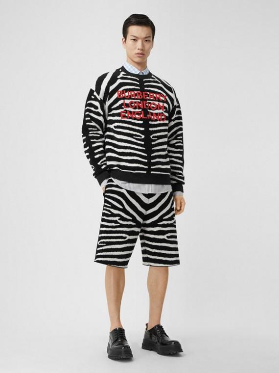 Bermuda de lã com cordão de ajuste e estampa de zebra em jacquard (Preto)