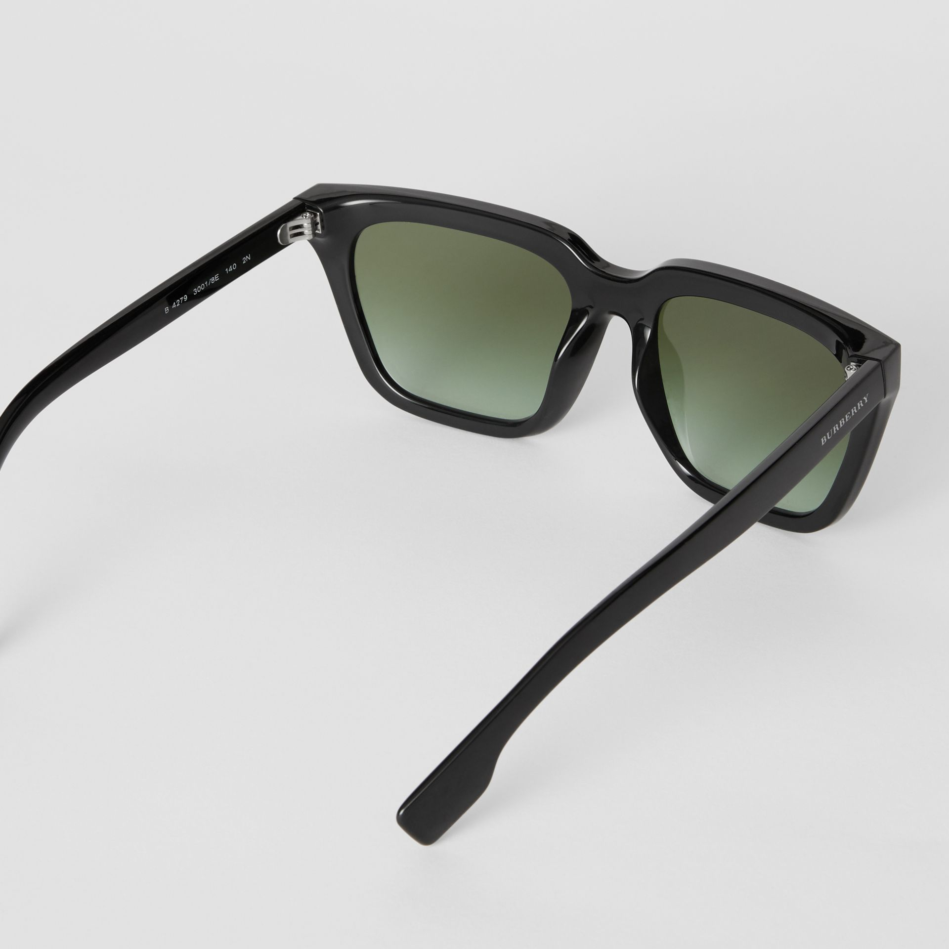 Square Frame Shield Sunglasses in Black - Women | Burberry - gallery image 4