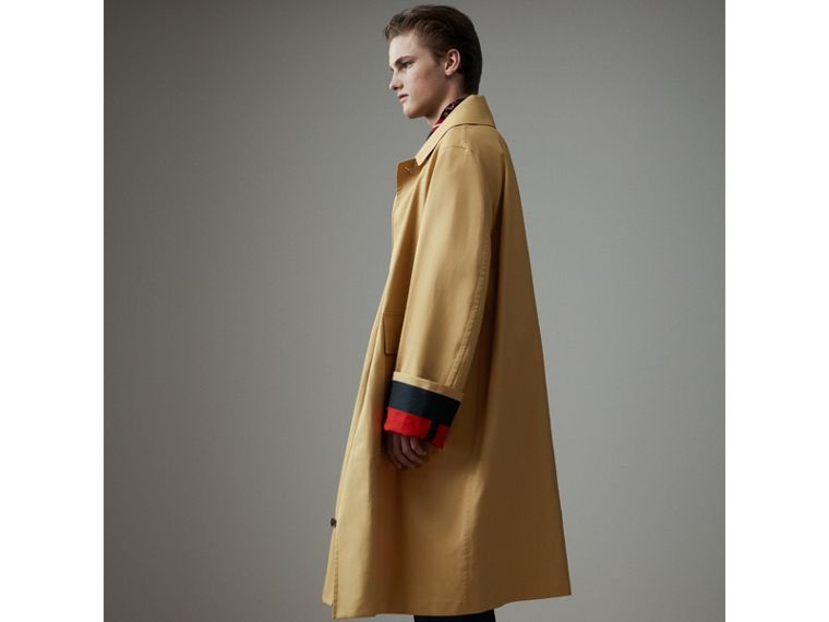Bonded Cotton Oversized Seam-sealed Car Coat in Beige/red - Men | Burberry Singapore - cell image 4