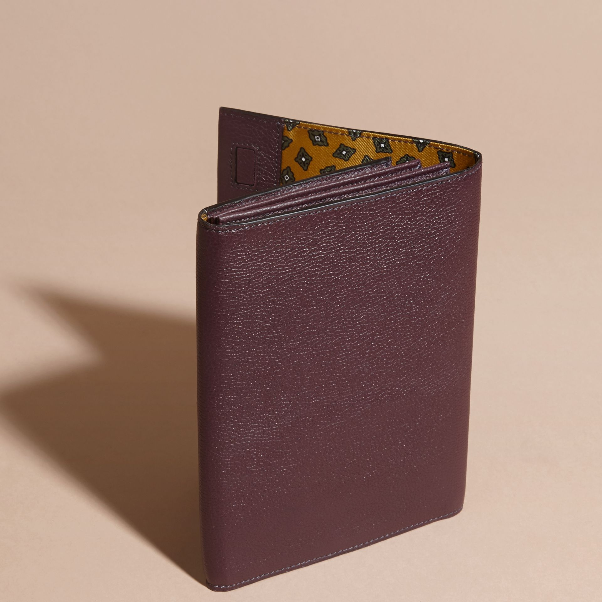 Dark amethyst Grainy Leather Travel Wallet Dark Amethyst - gallery image 4