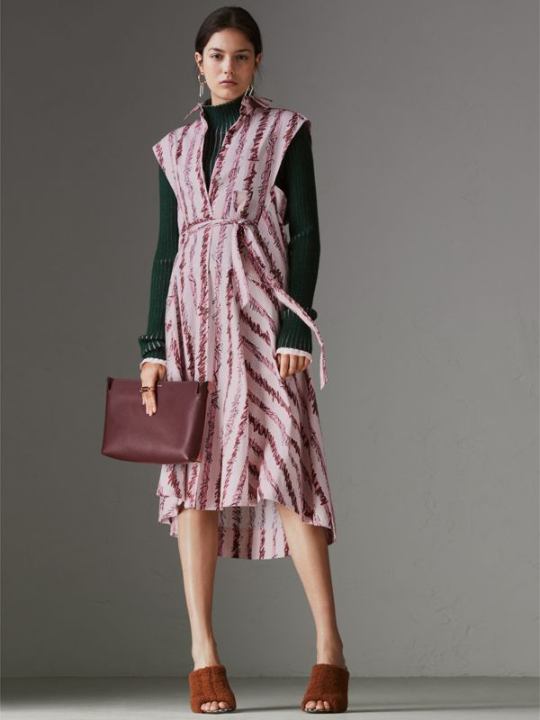 Clutch moyen en cuir tricolore (Bordeaux Intense/dusty Rose) - Femme | Burberry Canada - cell image 2