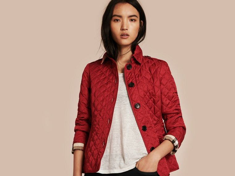 Diamond Quilted Jacket in Parade Red - cell image 4