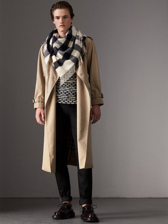 The Burberry Bandana in cashmere con motivo tartan (Bianco Naturale) | Burberry - cell image 3