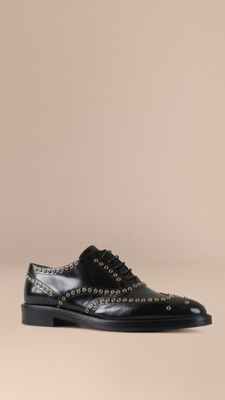 Online Exclusive Eyelet Detail Leather Wingtip Brogues