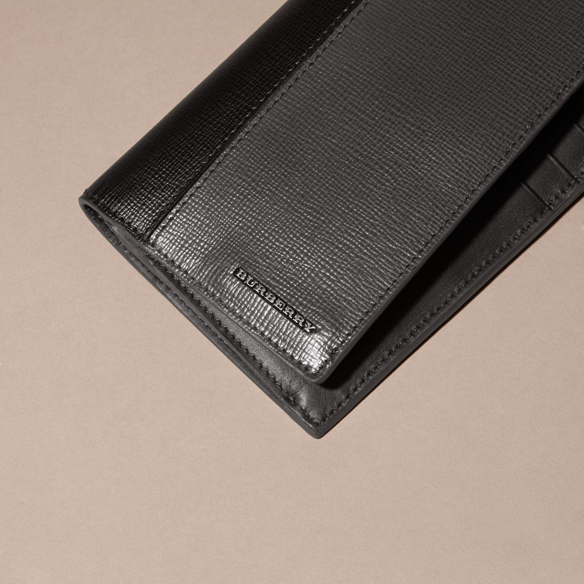 Charcoal/black Colour Block London Leather Continental Wallet Charcoal/black - gallery image 2