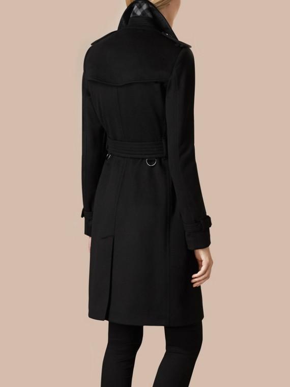 Schwarz Trenchcoat im Kensington-Stil aus Kaschmir Schwarz - cell image 3