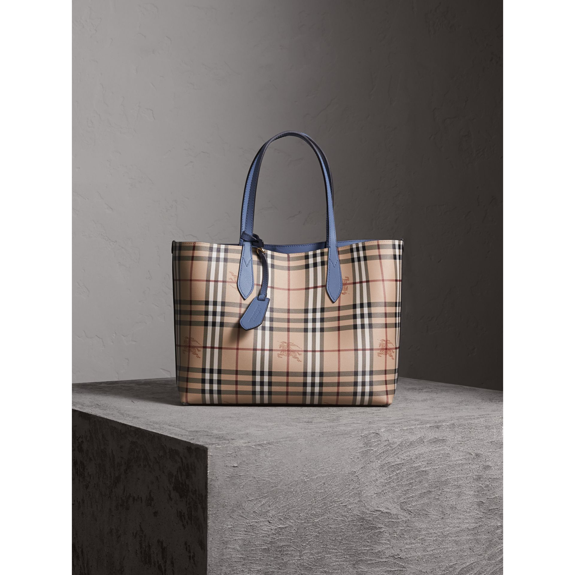 The Medium Reversible Tote in Haymarket Check and Leather in Slate Blue - Women | Burberry - gallery image 6