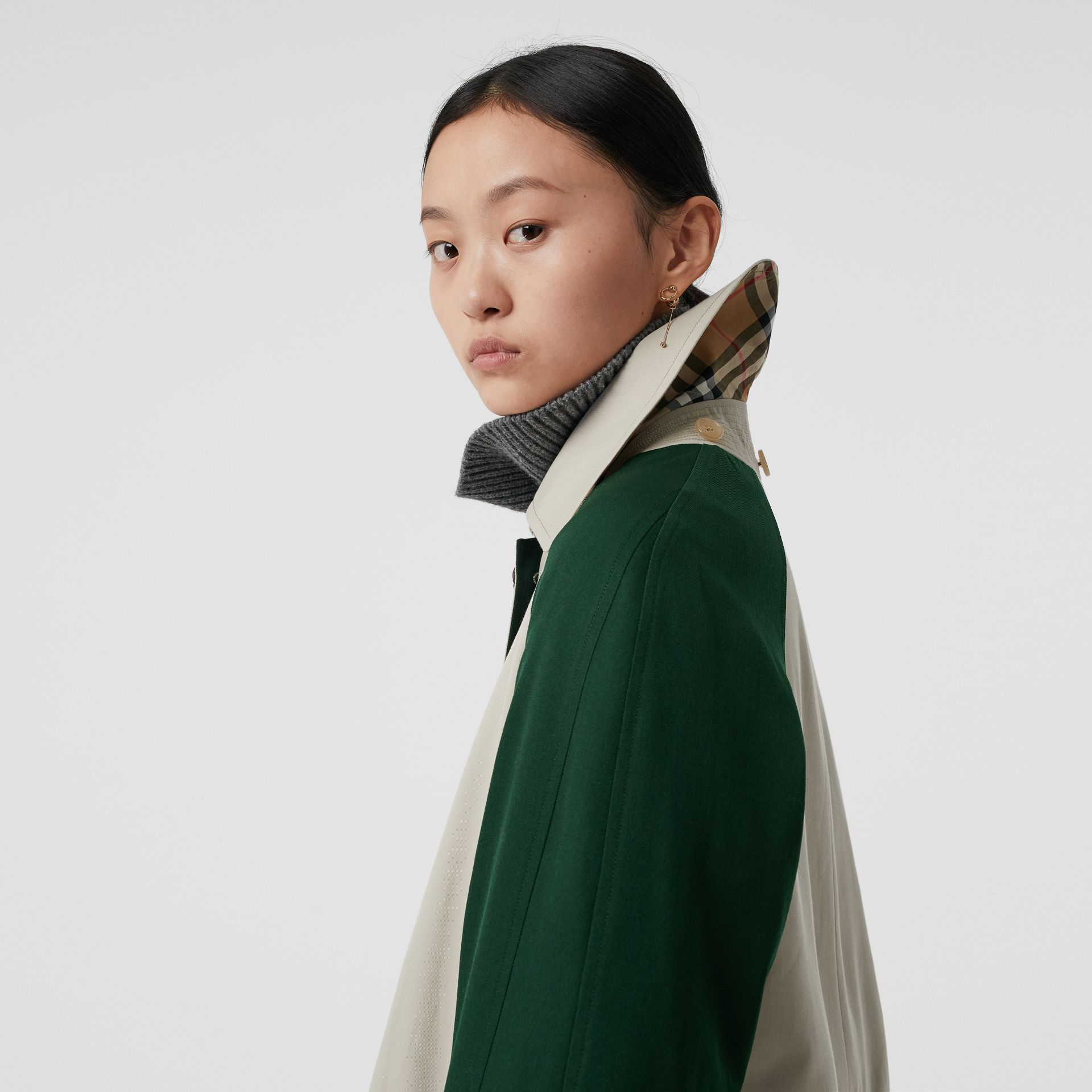 Detachable Hood Wool and Cotton Gabardine Car Coat in Stone - Women | Burberry Singapore - gallery image 5