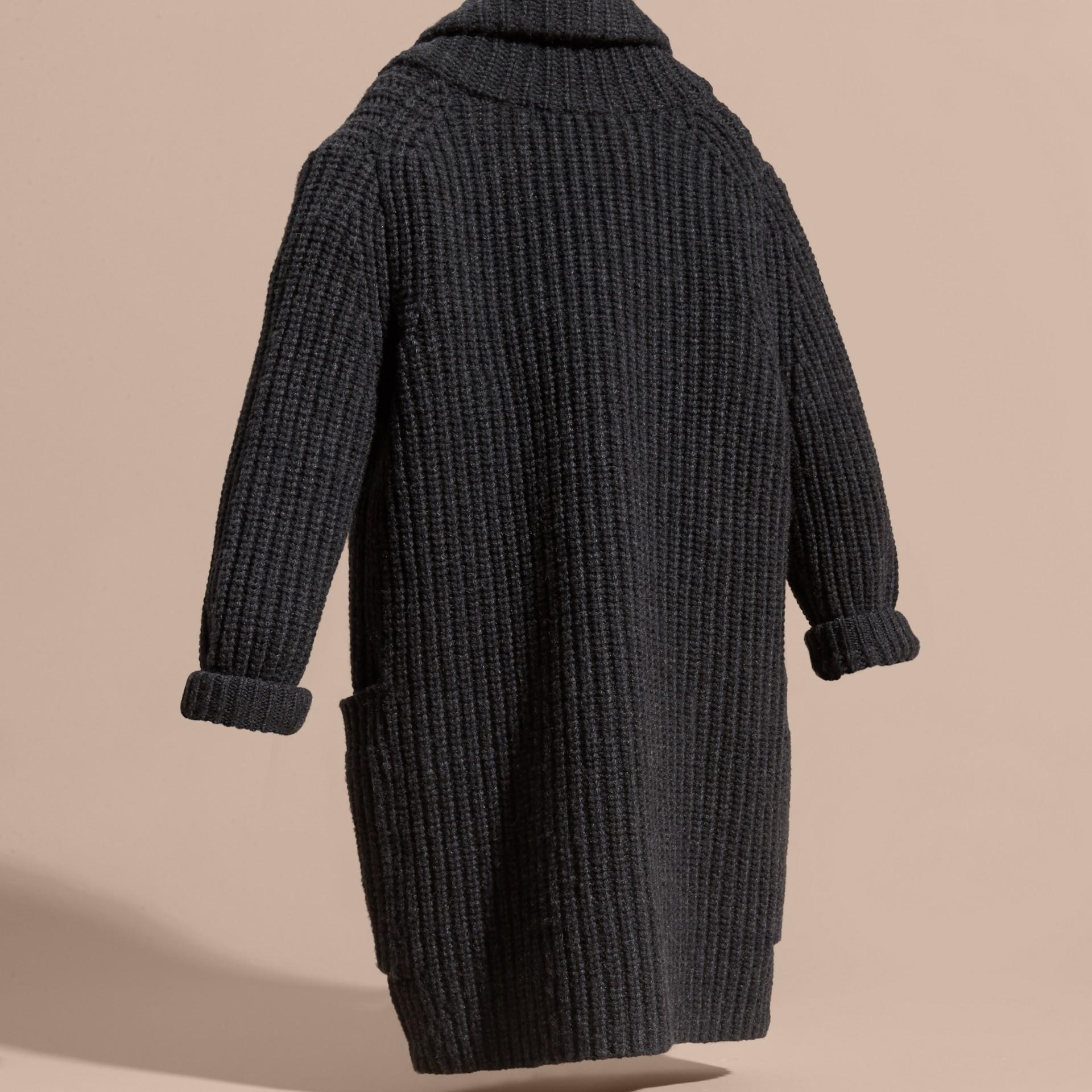 Camaïeu anthracite Cardigan en laine et cachemire avec boutons-olives - photo de la galerie 4