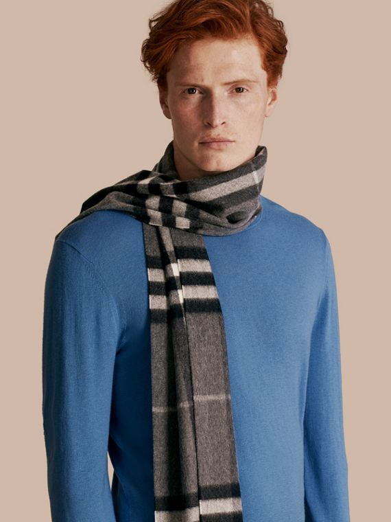 Mid grey The Classic Cashmere Scarf in Check Mid Grey - cell image 2